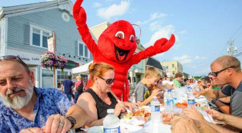 Shediac-Lobster-Fest-le-hoi-canada