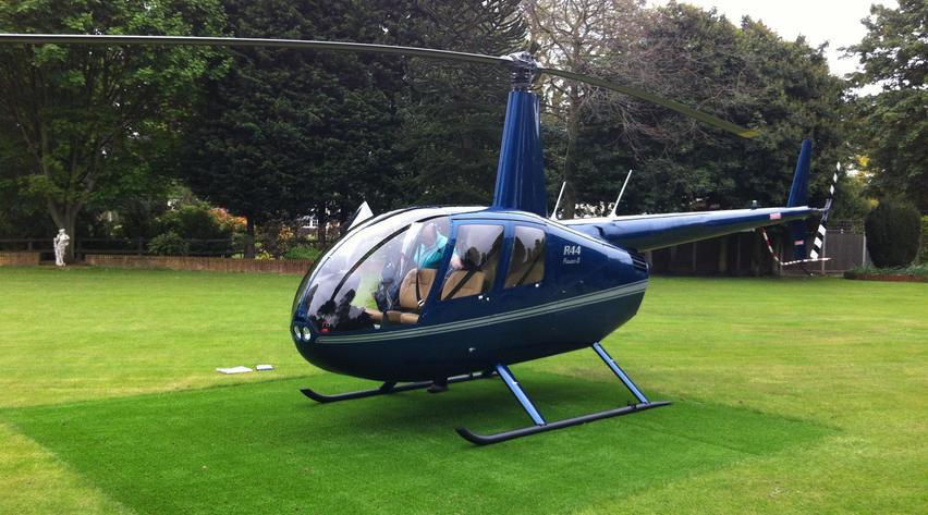 aircraft-helicopter-piston-robinson-r44-raven-ii-353523_cb0843e83ec51499_920X485